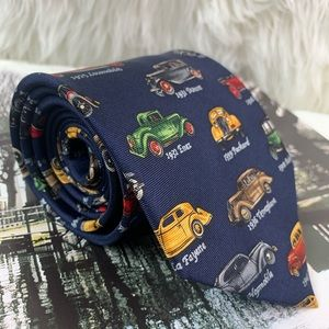 Antique cars by creative American design tie